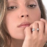 Oddity Ring 18k (750/1000) White Gold. - DFLY Paris